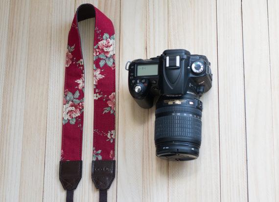 Etsy - Correa de cámara flores