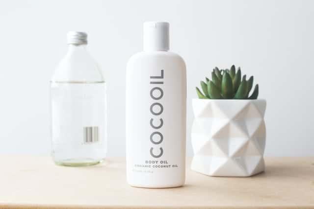 best-hair-oils-for-men-coconut
