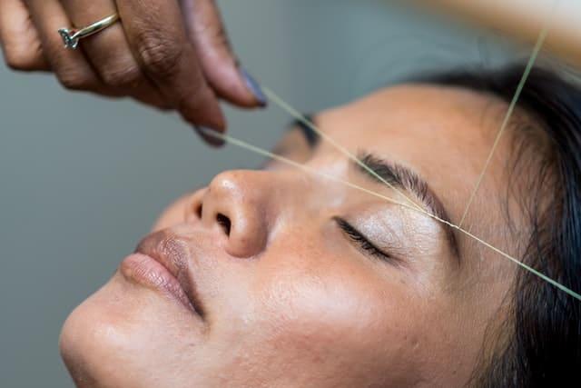 natural-eyebrows-thread